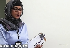 MIA KHALIFA - Does It Matter If You Are Black Or White? I Conduct A Study To Find Out