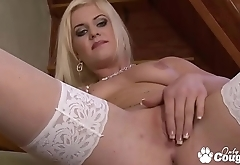 Andreya Diamond Finger Bangs Herself In Stockings